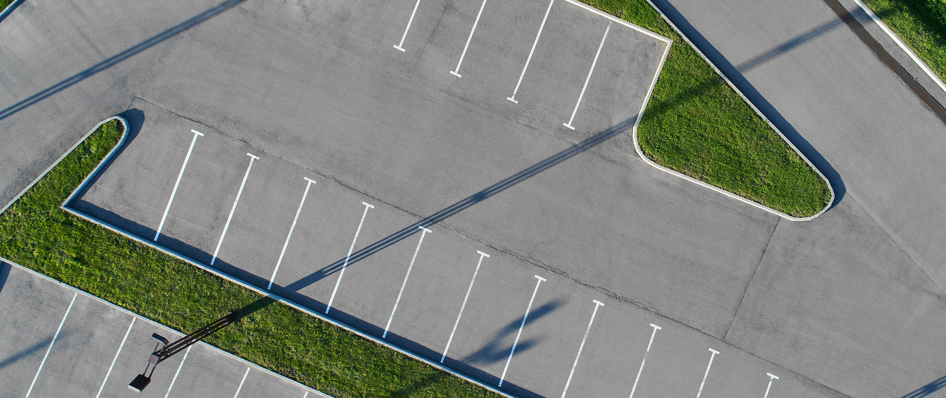 Parking Lot Maintenance and Contracting